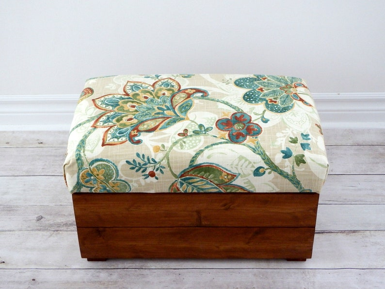 Small storage ottoman - small bench -bedroom or living room storage