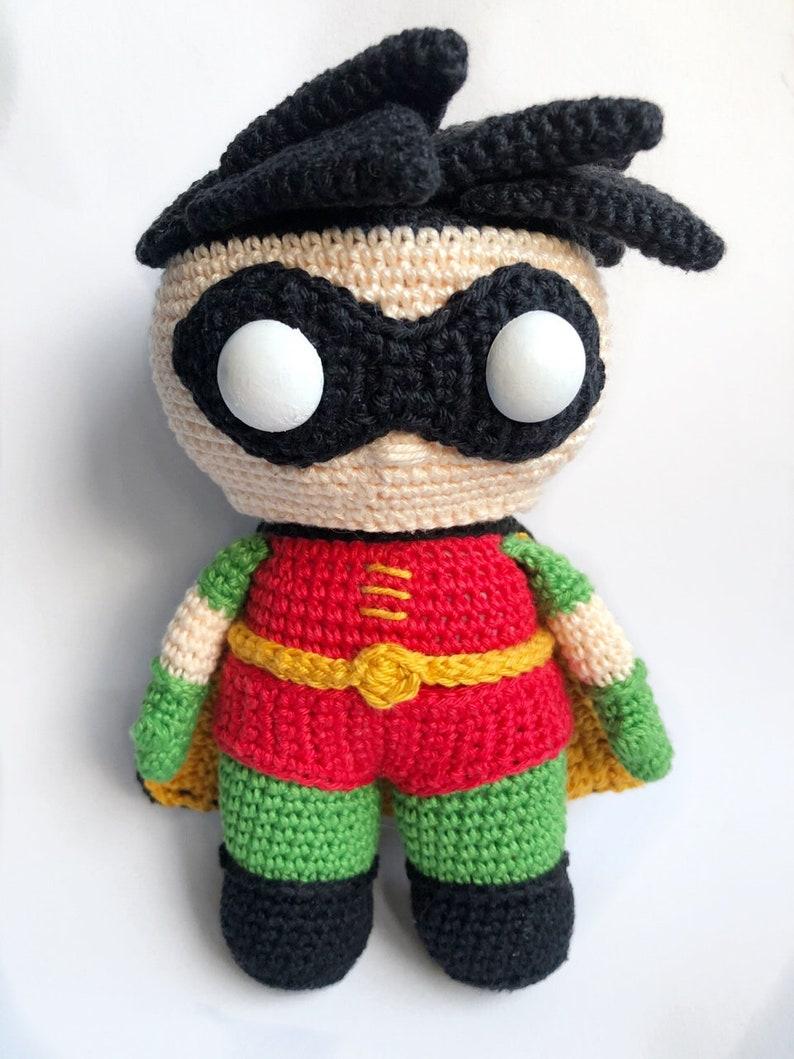 Robin from Batman Crochet Pattern English/Dutch image 0