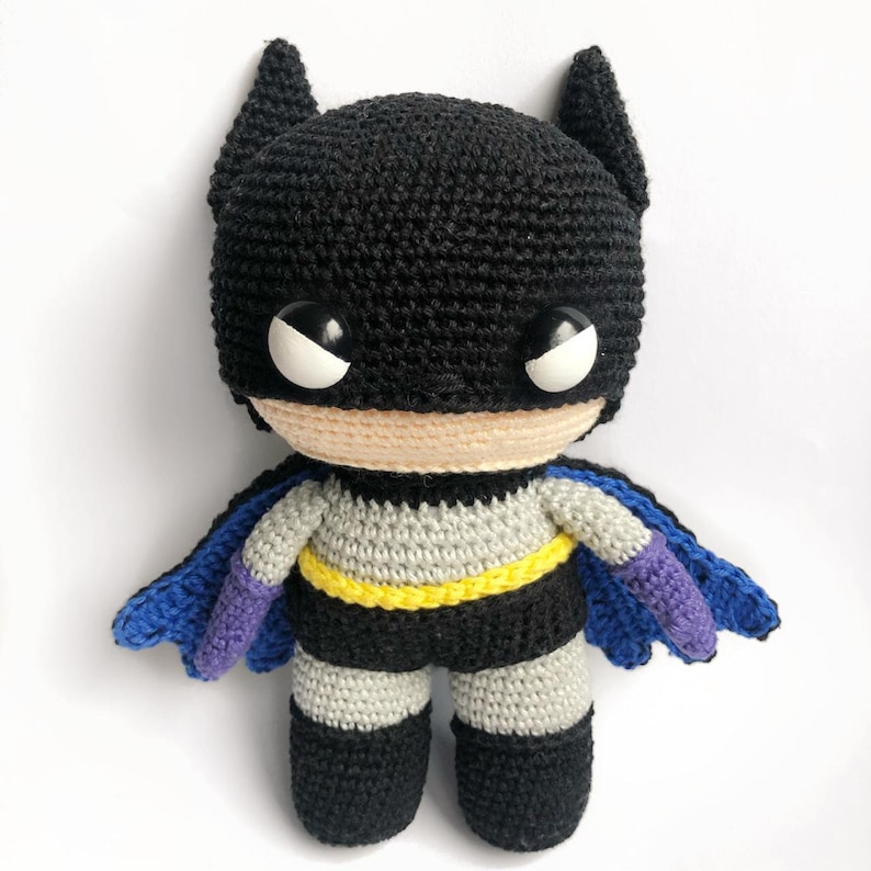 Batman Crochet pattern English/Dutch PDF image 0