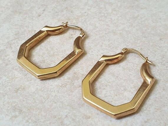 Geometric Hoop Earrings in 9ct Gold