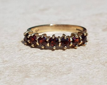 Gorgeous Seven Stone Garnet 9ct gold Stacking Band Ring