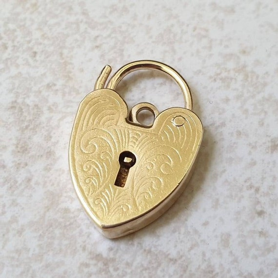 Engraved Heart Padlock in 9ct Gold