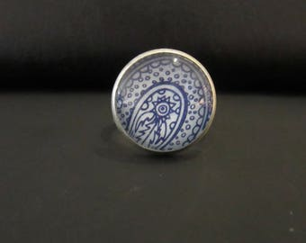Blue ethnic cabochon ring
