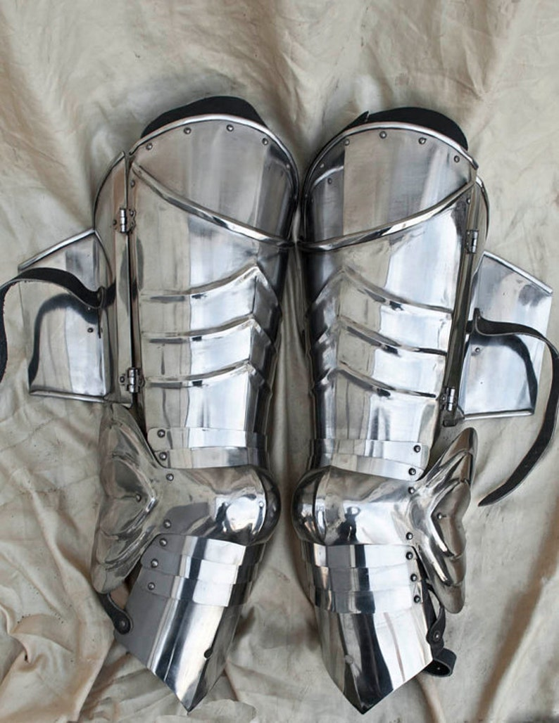 SCA combat leg armor, plate legs, cuisses with poleyns