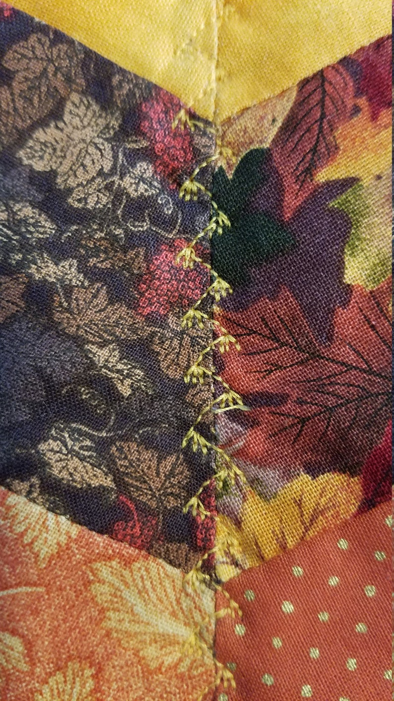 24 Inch Leaves Large,Hexagon Fall,Thanksgiving Home and Living Orange Rustic Look Candle Mat Reversible Table Topper Centerpiece