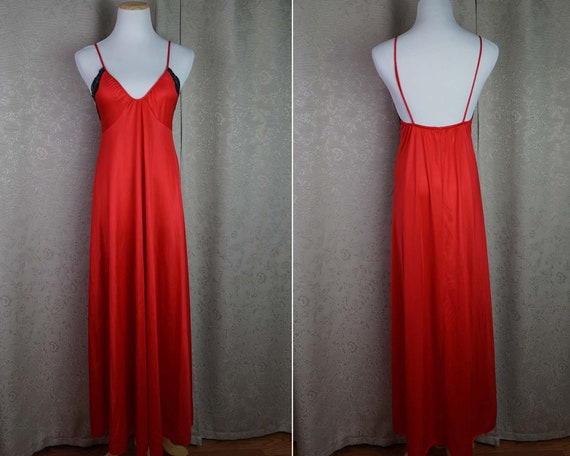Vintage Red Nightgown Size M  80s Lingerie Nightie  67b127a11