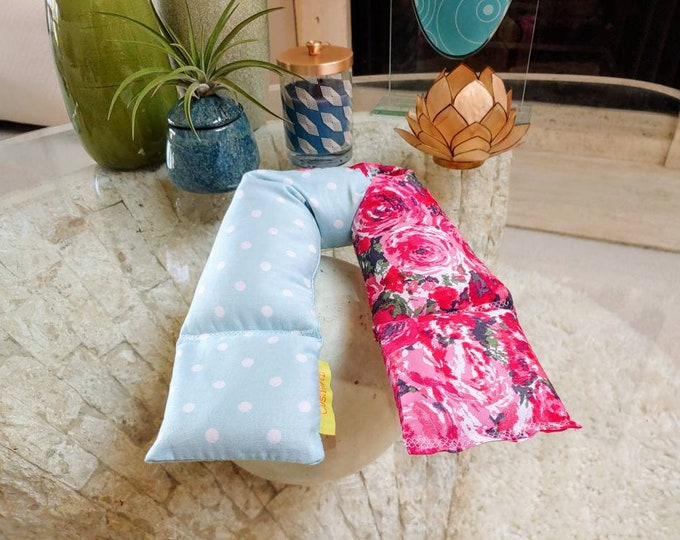 Red Rose Silky Spa Relaxation Neck and Body Wrap,  Flaxseed Filled, Natural Heat Pad, Natural Cold Pack, Heat or Freeze