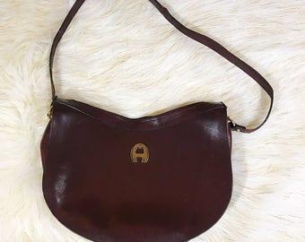 VINTAGE Etienne Aigner Brown Maroon Oxblood Hipster Shoulder Handbag Preppy  Classic Purse 8c928c5f3adff