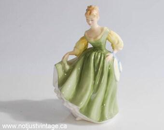 Royal Doulton Fair Lady HN2193 figurine