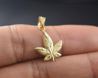 Small Pewter Marijuana Leaf Charms 5517 Twenty 20