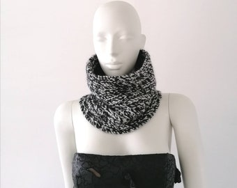 Snood men, snood woman, snood in black and white wool, snood in knitting, snood made in France, snood knitted by hand, gift man