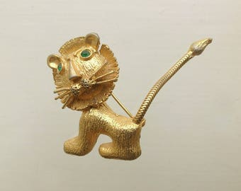 A delightful, rare and collectable Vintage 1950s cartoon style Lion Brooch/Pin