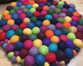 Colorful Plywood Base Wool Ball Trivet Pot Holder