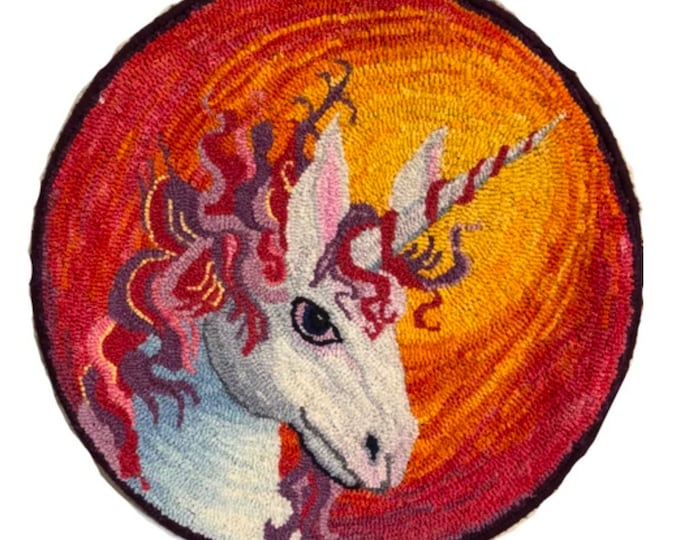 Unicorn, Rug Hooking Pattern on Linen