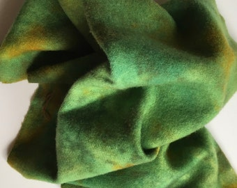 Green & Golden Spot Dye, Fat Quarter of Felted Wool Fabric for Rug Hooking, Wool Applique and Crafts