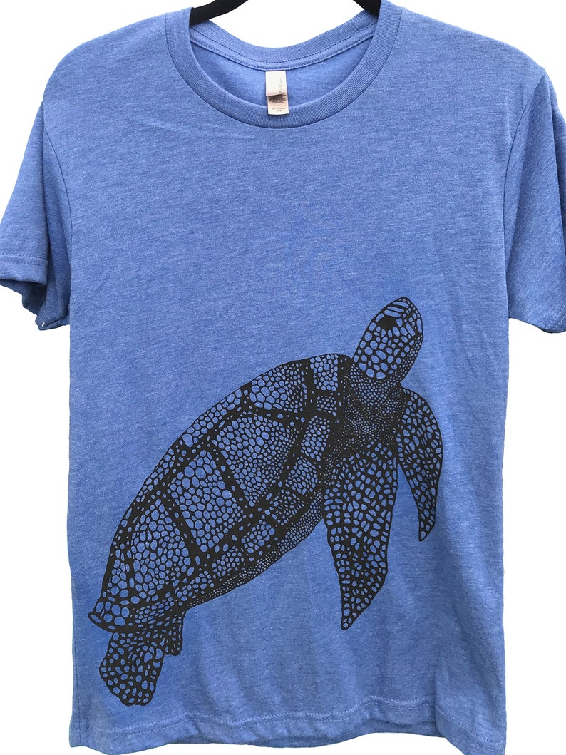 Sea Turtle T-shirt  Mens Crew Neck  MADE IN USA Super soft image 0