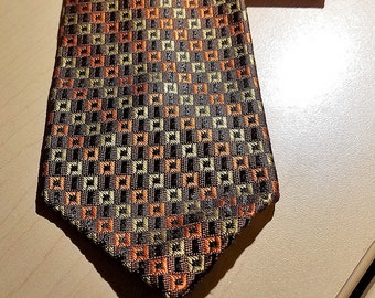 Very Awsome Vintage Tie  70'S      by TOWNCRAFT  PENNEYS      Never Worn