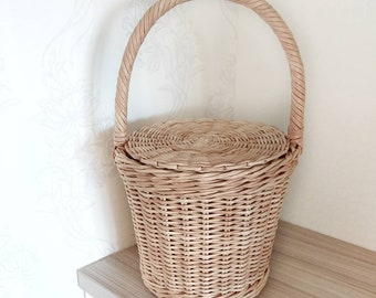 16a6fa68a7 Round wicker Jane Birkin style basket whith lid korb Woven french market basket  bag handbag summer bag Basket with handle Straw box bag Purs