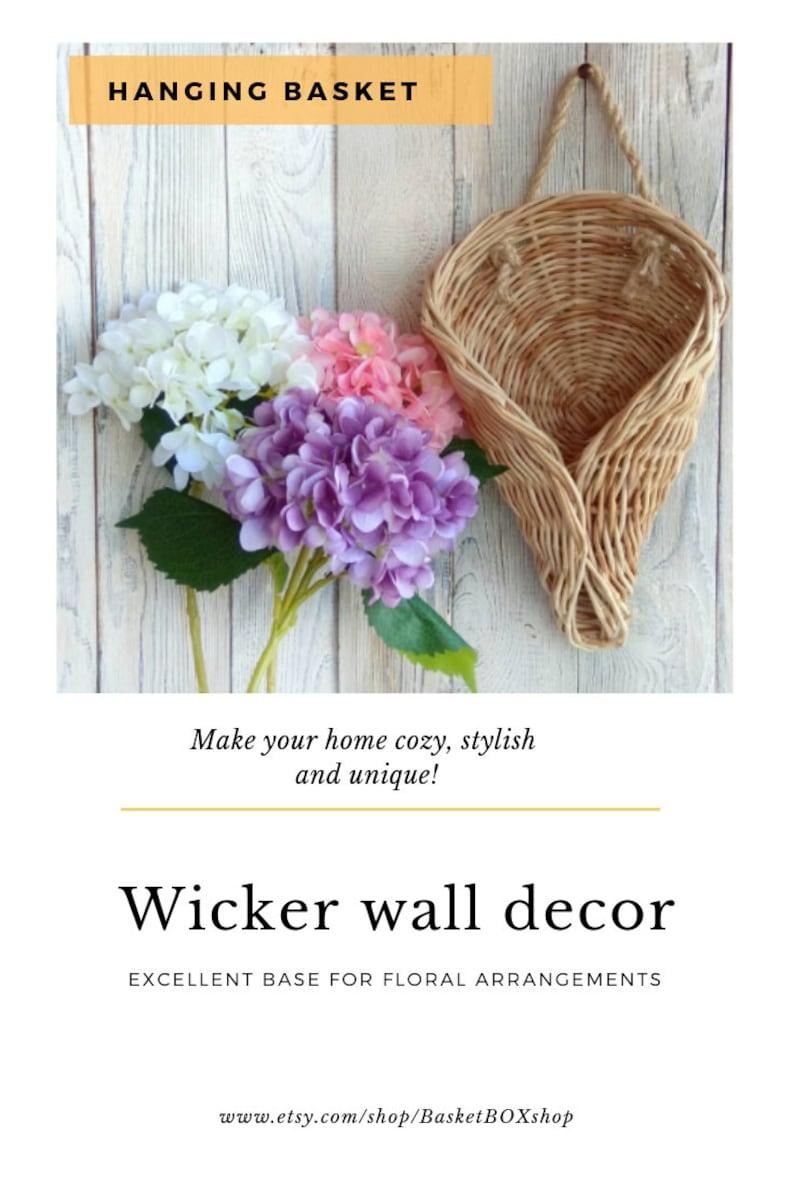 Hanging door basket Wicker wall decor Hanging baskets organizer for flowers Front door wreath decor outdoor wreath Fall Wall Basket Rustic