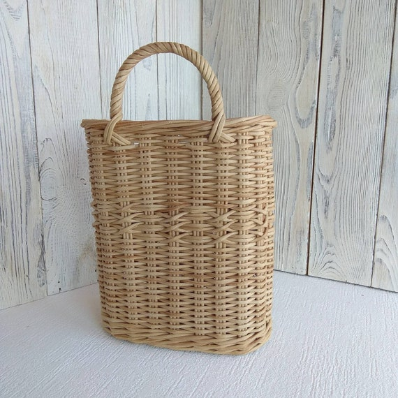 wicker brown wood wall hanging pocket basket flat back door decor country ZP