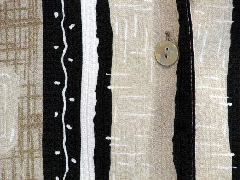 Women/'s Tanjay Blouse Beige Black White Mod Abstract Geometric Pattern 16 Polyester