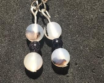 Agate and bluestone dangle earrings