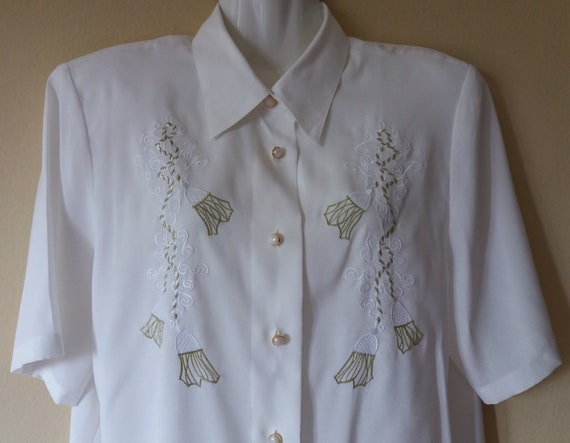 Vintage 80s detail blouse