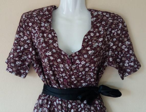 Vintage 80s Summer Burgundy Floral Print Jumpsuit,