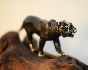 121ac1e1e74d Bronze puma figurine