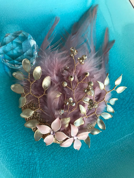 Mini-headdress jewel, feather, enamel and gorgeous