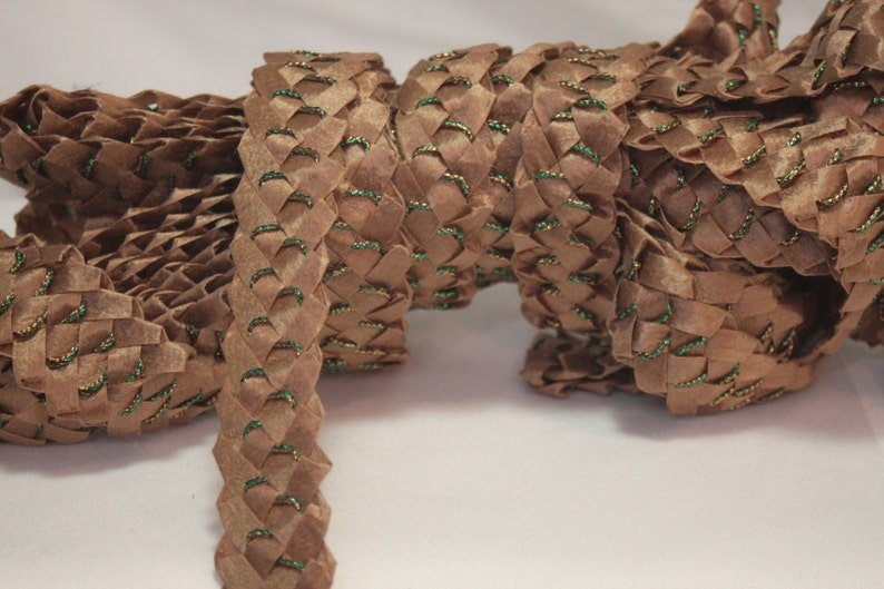 Vintage40s-70s brown straw ribbon,laces of straw,brown antique braid vintage haberdashery ribbon,straw for making hat,millinery straw