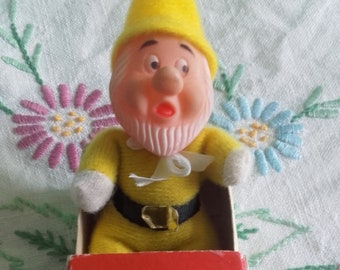 Snow White   the Seven Dwarfs - Sneezy Matchbox Doll Mini Beanie 1970 s  Tiny Yellow Toy with Box Made in Hong Kong 9950b98d3888