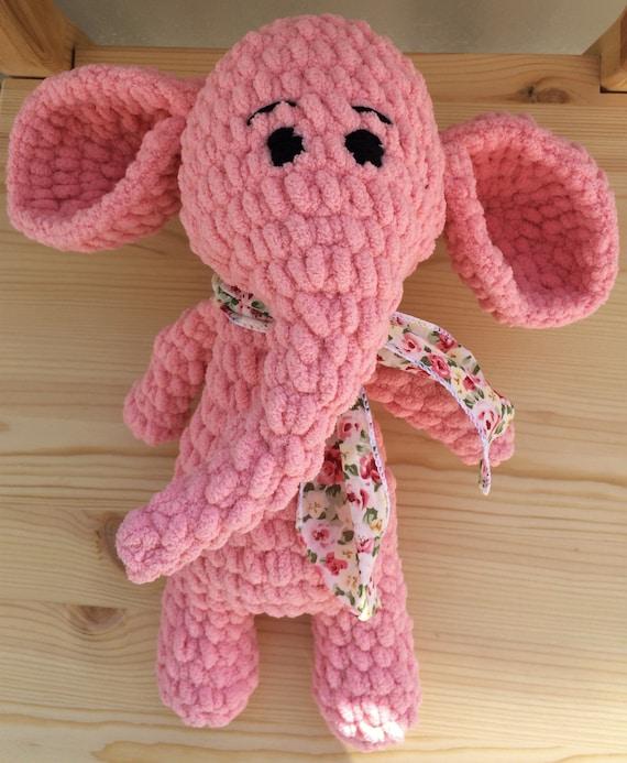 Adorable Elephant (Free Crochet Pattern) – One Zero Crochet | 693x570