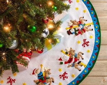 Little Folk Visuals 26 Piece DIY Starry Night Felt Christmas Tree