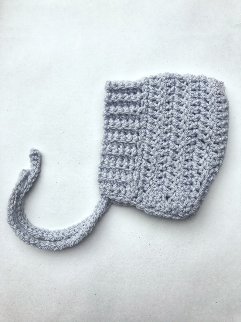 NEW LOVELY Cream Baby Infant Knitted Crochet Bonnet Pixie Beanie Hat  0-3 Months