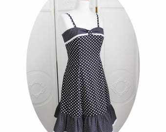 Robe Pin-Up noire a pois blancs, inspiration années 50, coton et  dentelle,robe noire a pois blancs,robe a bretelles noire,robe evasee noire c89d85c69b1