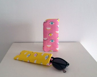 Cotton and quilted glasses case. Free shipping in metropolitan France