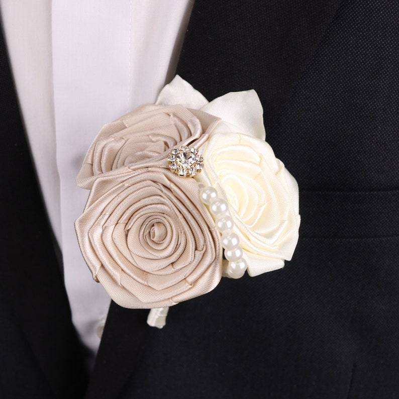 Champagne wedding boutonniere Satin boutonniere for men Ivory and Champagne boutonniere Grooms boutonniere Groomsmen pin Wedding buttonhole