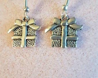 present earrings; gift earrings; silver earrings; novelty earrings; unusual earrings; silver gift earrings; christmas earrings
