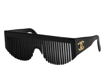 21dd66f879b Vintage Iconic CHANEL Paris CC Logo COMB 1993 Frames Sunglasses !! Black  Gold - Collector Item Rare!