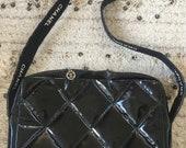 Vintage CHANEL CC Logo Black Patent Leather Quilted Crossbody Shoulder Bag Clutch Purse