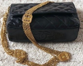 14f1f09023 Vintage 90s CHANEL CC Logo Chain Navy Blue Metalasse Quilted LIZARD Skin Leather  Gold cc Chains Purse Shoulder Crossbody Clutch Evening Bag
