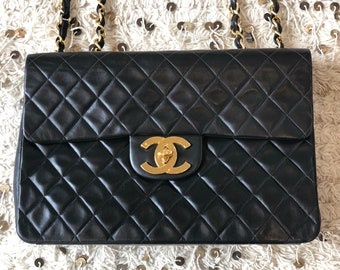 f7a9fcd25496 Vintage 90's CHANEL Jumbo Maxi Matelasse CC Logo Turnlock Black Lambskin  Leather Crossbody Shoulder Bag Purse Chain Strap - Excellent Cond!