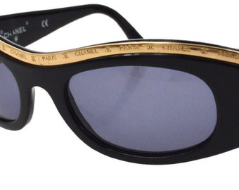 792a32a68a7 Vintage 90 s CHANEL Paris CC Logo Gold Metal Bar Rim Black Sunglasses  Shades - SUPER Rare item!!!