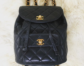 ebb7feabb388 Vintage CHANEL Large CC s Turn lock Double Flap Black Quilted Leather  Backpack Handbag Shoulder Purse Bag