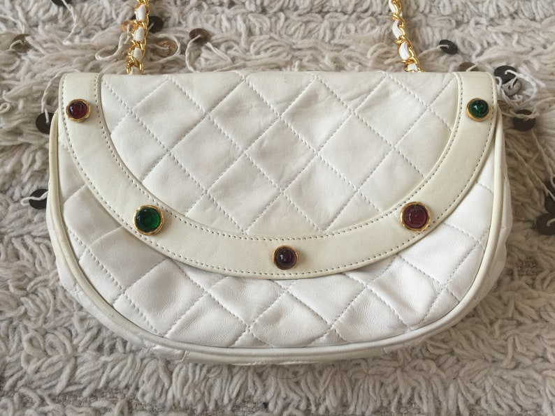 f41d8e2ac30a Vintage 90 s CHANEL Matelasse CC Logo Leather Quilted