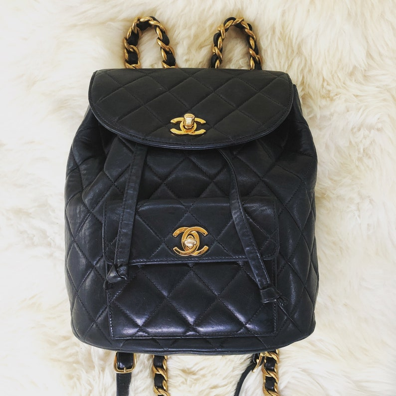 Vintage CHANEL Large CC s Turn lock Double Flap Black  e8faf9aba31f9