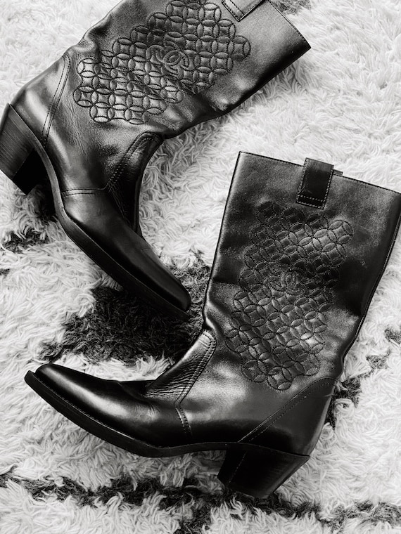 Vintage CHANEL CC Logo Embroidered Western Boots B