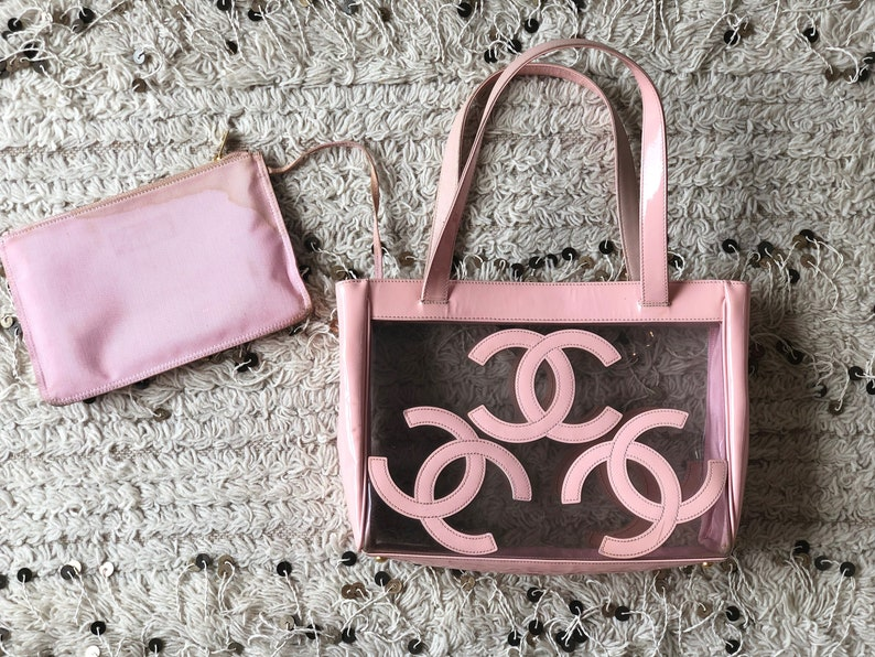 930a3328a677a Vintage 90's CHANEL JUMBO Triple CC Logo Pink Clear Patent Leather Hand Bag  Purse Clutch Beach Tote Gym Travel Shopper