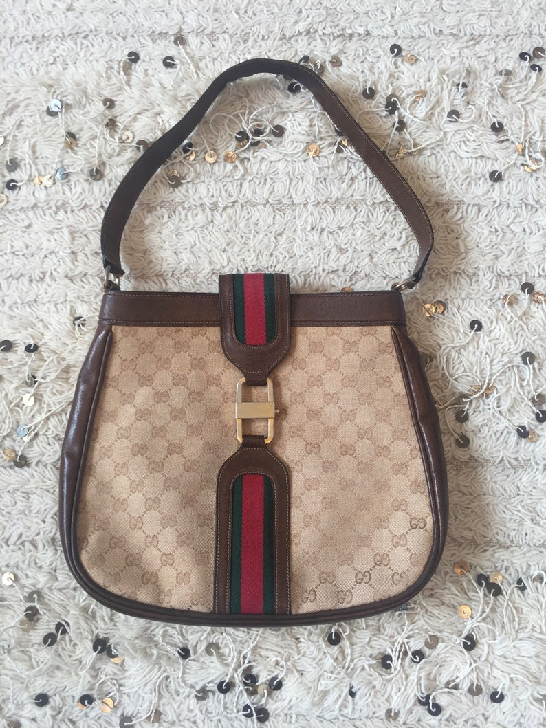 877f6a0601f Vintage 70 s GUCCI GG Monogram Red Green Webbing Large
